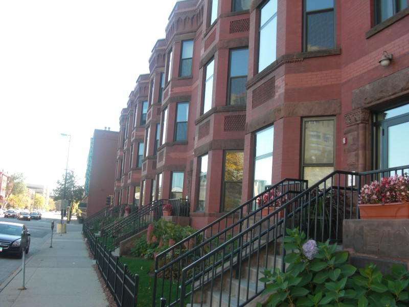 Amazing Lenox Brownstones, Minneapolis Property Management, North Loop Rentals,  North Loop Apartments, Minneapolis
